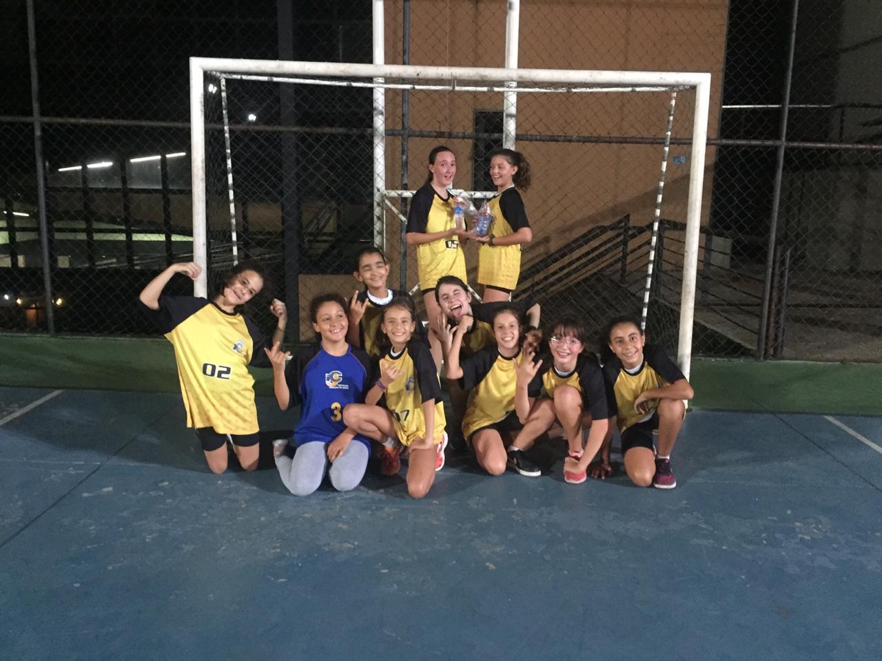 Time sub-14 feminino do ICJ dá show na Copa Minas Escolar